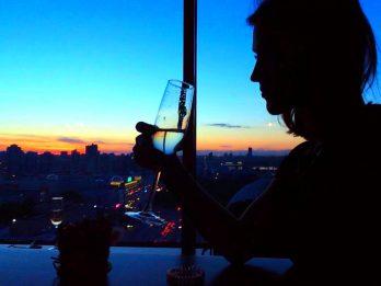 свидание в кафе ,Свидание на 18 этаже