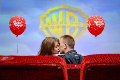 Свидание в кинотеатре, Свидание в кинотеатре для двоих