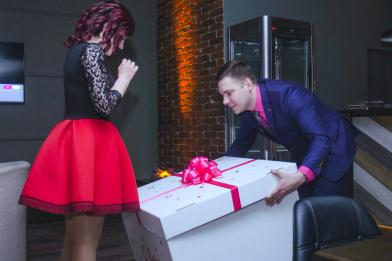 Свидание в кафе, романтическое свидание в кафе